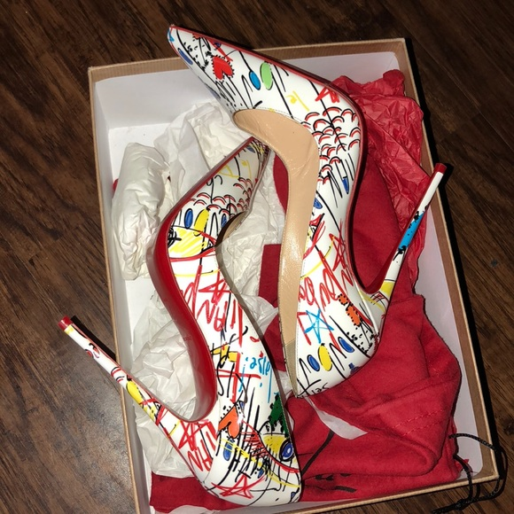 Christian Louboutin Shoes - Christian louboutin so kate heel